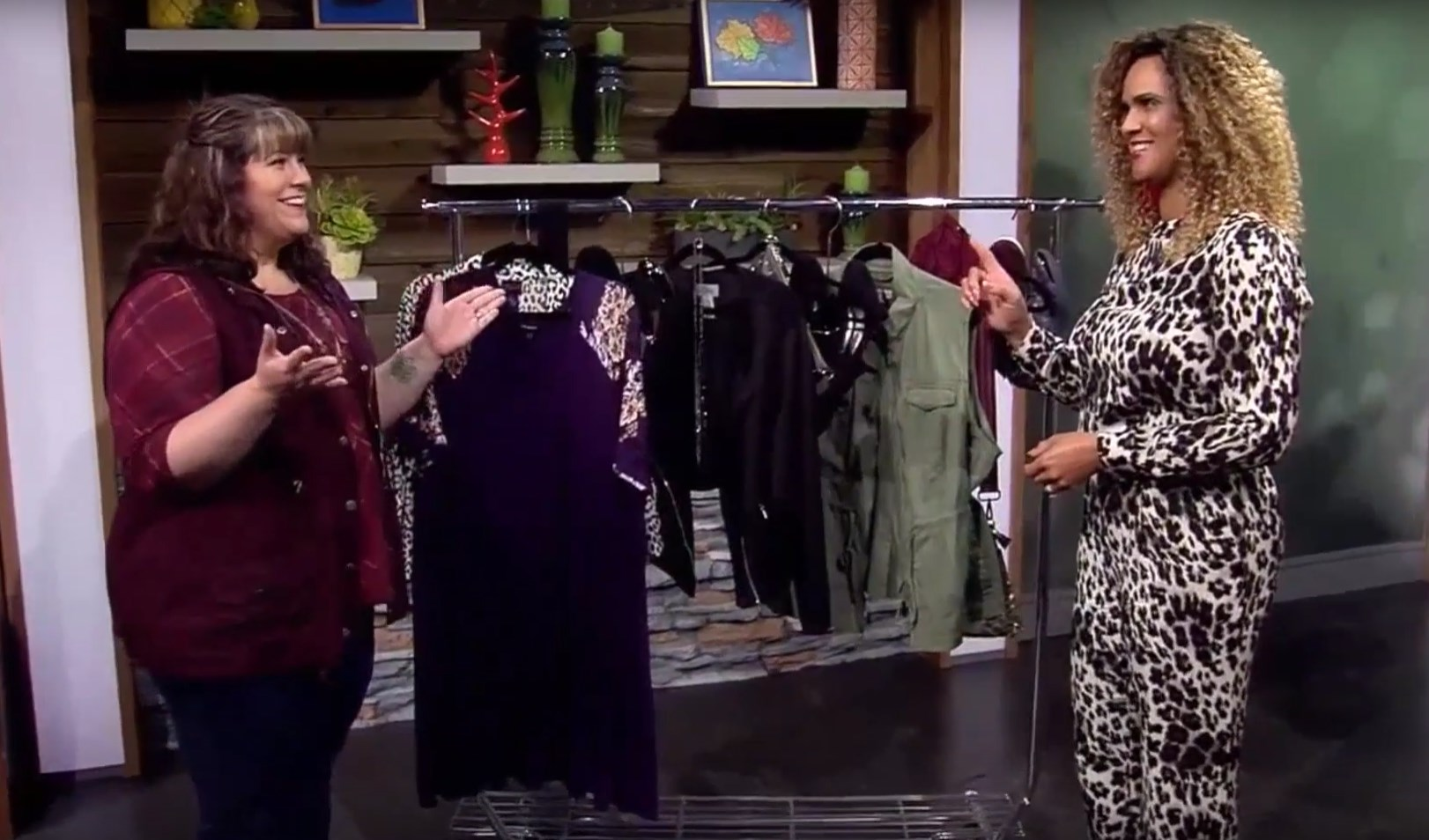 KATU Afternoon Live (10/04/2019) One Dress, Three Ways - DivineMrsDiva.com