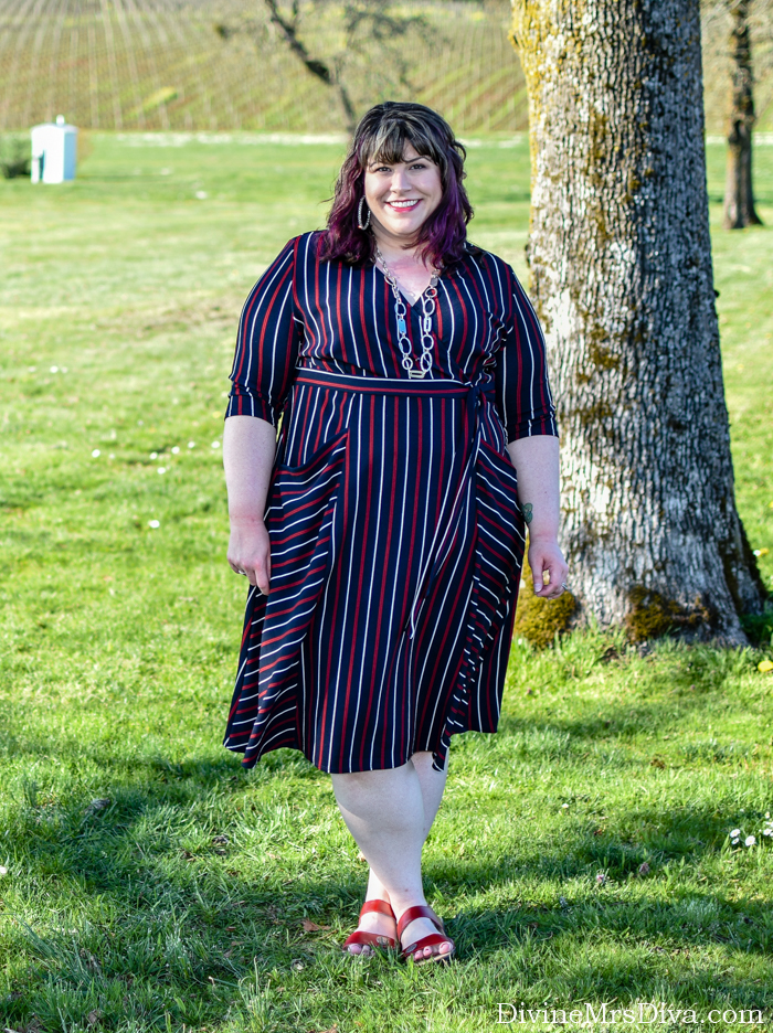 In today's post, Hailey's reviewing the extremely versatile Harmony Faux Wrap Dress from Kiyonna! - DivineMrsDiva.com #Kiyonna #KiyonnaStyle #PropetUSA #psblogger #plussizeblogger #styleblogger #plussizefashion #plussize #psootd #ootd #plussizeclothing #outfit #style #plussizecasual #fallstyle #springstyle #wrapdress #fauxwrapdress