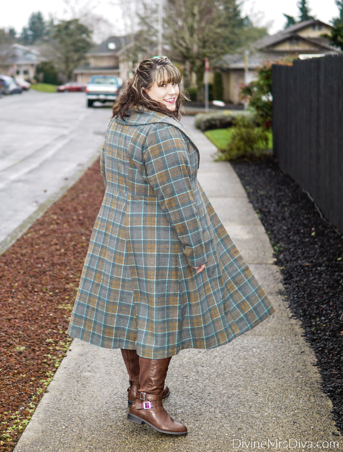 Hailey's reviewing this cozy fall/winter look and trying out the long sweater trend! – DivineMrsDiva.com #psblogger #plussizeblogger #styleblogger #plussizefashion #plussize #psootd #ootd #plussizeclothing #outfit #style #Outlander #outlanderfashion #torrid #Torridinsider #Feelthefit #LaneBryant #LaneStyle