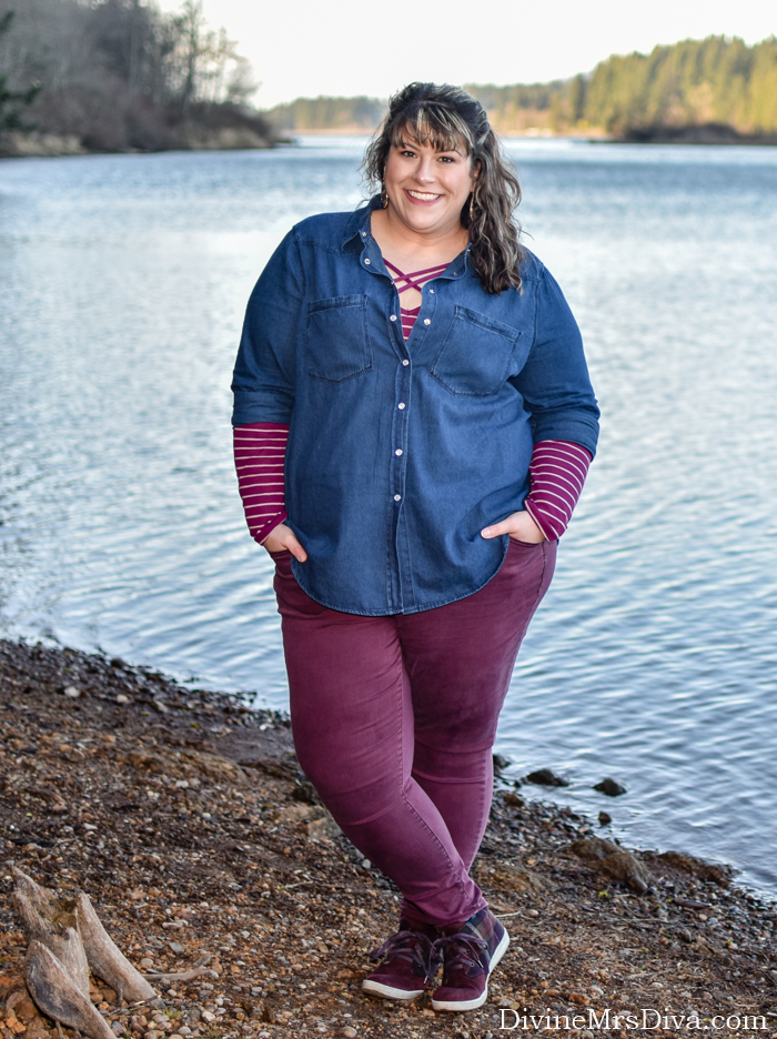 In today's post, Hailey's reviewing this soft and versatile denim shirt from Simply Be! - DivineMrsDiva.com #SimplyBe #SimplyBeUSA #LaneBryant #LaneStyle #Comfortiva #psblogger #plussizeblogger #styleblogger #plussizefashion #plussize #psootd #ootd #plussizeclothing #outfit #style #plussizecasual #fallstyle #springstyle #denimshirt
