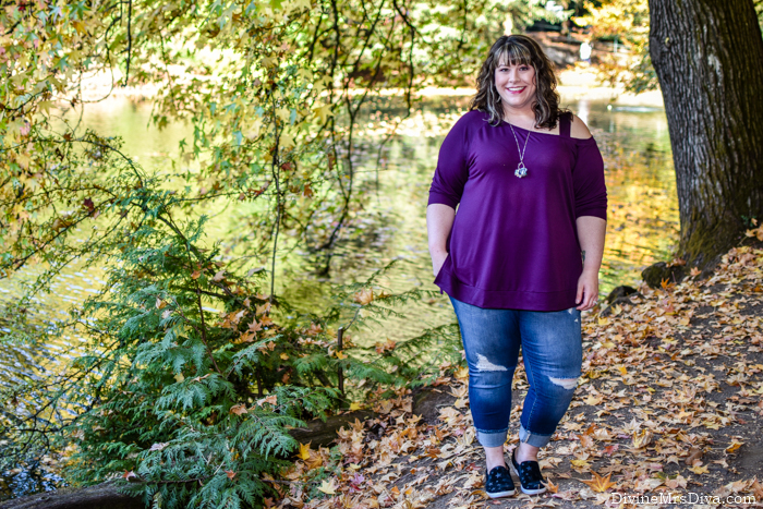 In today's post, Hailey's reviewing this comfy, casual look for brunching with friends and running around the city. - DivineMrsDiva.com #Torrid #TorridInsider #LaneBryant #LaneStyle #Comfortiva #etsyfinds #psblogger #plussizeblogger #styleblogger #plussizefashion #plussize #psootd #ootd #plussizeclothing #outfit #style #plussizecasual #fallstyle #plussizeactivewear #springstyle