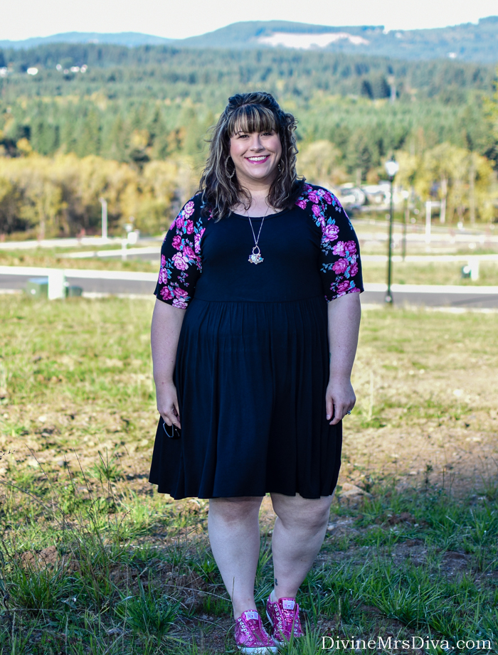 In today's post, Hailey's reviewing her pick for Most Comfy Travel Dress, the Raglan Skater Dress from Torrid. - DivineMrsDiva.com #Torrid #TorridInsider #psblogger #plussizeblogger #styleblogger #plussizefashion #plussize #psootd #ootd #plussizeclothing #outfit #style #plussizecasual #travel #travelstyle #plussizetravel #converse